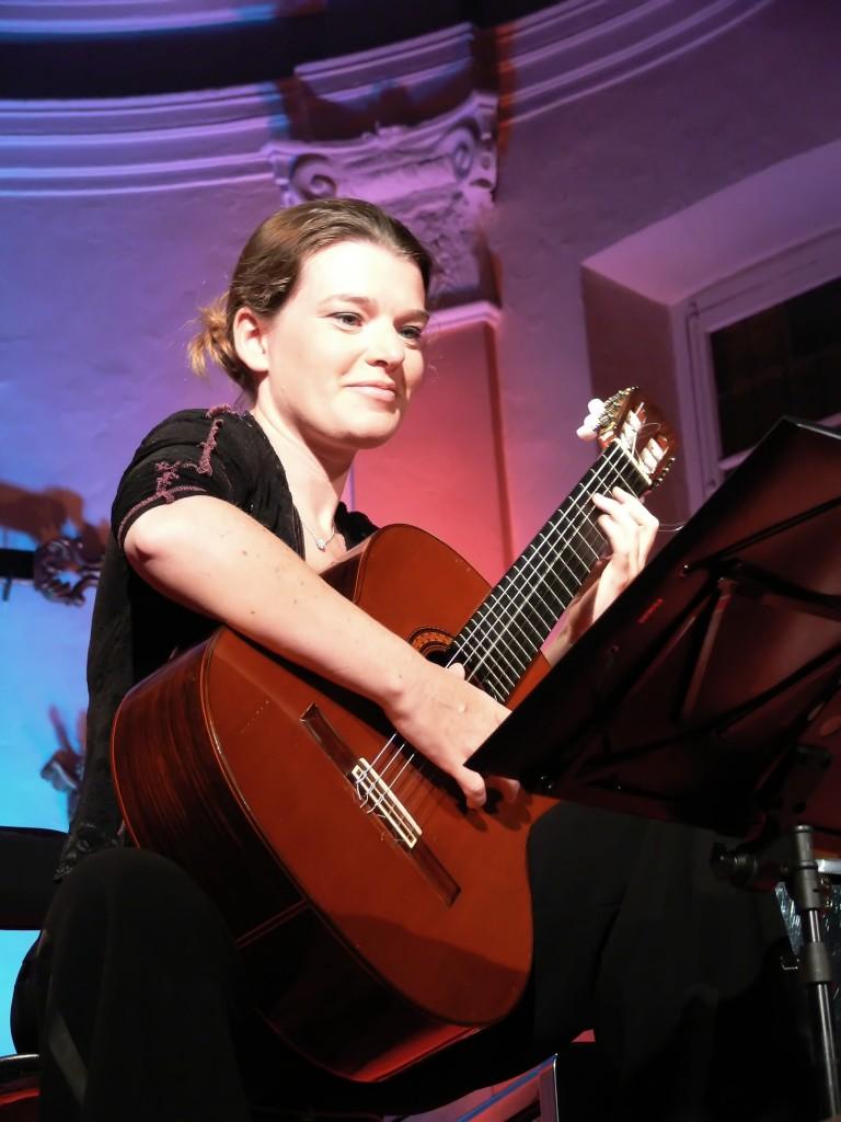 46 Anne-Sophie Llorens